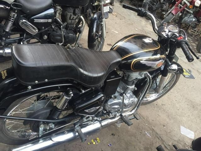 New Royal Enfield Standard Check Prices Mileage, Specs