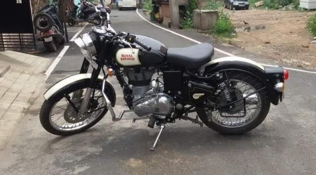 Royal Enfield Classic Stealth Black 500cc 2018