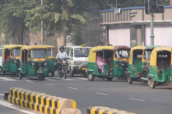 Autos, cabs will need mandatory QR code in Delhi