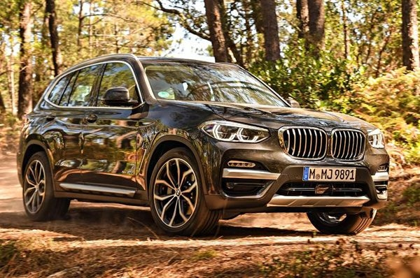 BMW launches its X3 xDrive30i