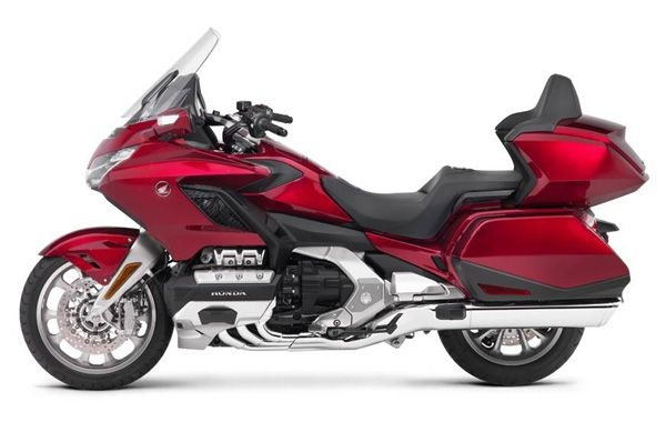 Honda commences deliveries of Gold Wing in India