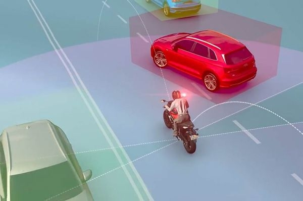 Ride Vision shows camera-based collision warning system