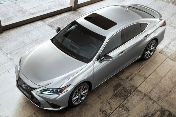 Lexus will launch its new ES 300h.