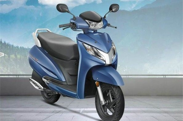 Honda launches Activa 125 with LED.
