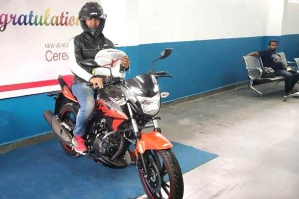 Hero begins Xtreme 200R deliveries.