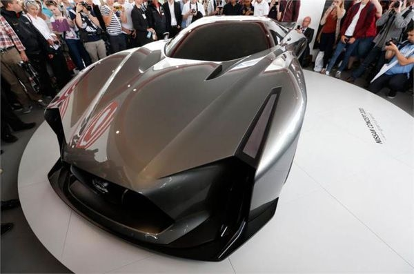 Nissan says its next-gen Nissan GT-R will be the fastest ever