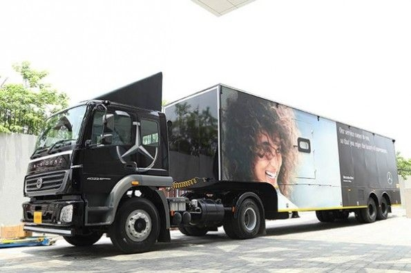 Mobile service initiative launched by Mercedes-Benz.