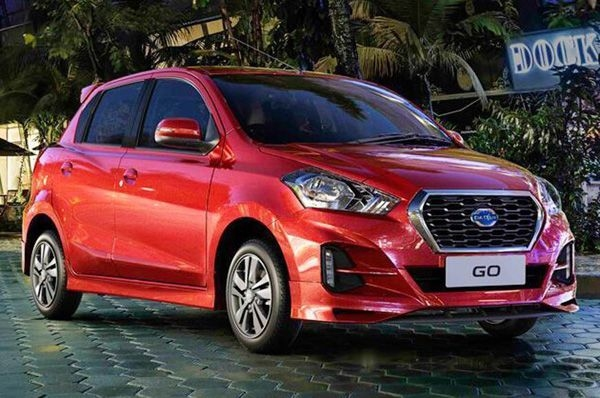 Facelifted Datsun Go spotted testing