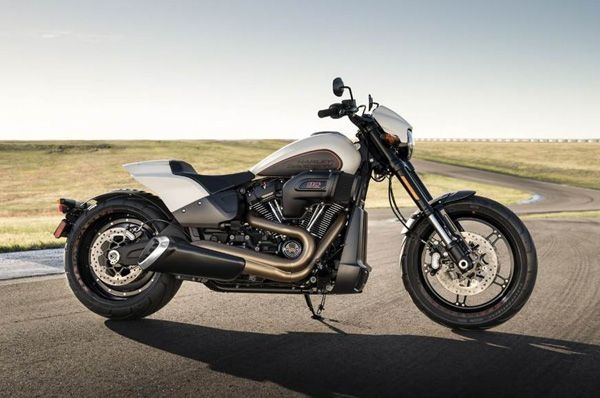 Harley-Davidson shows updated FXDR 114, CVO models