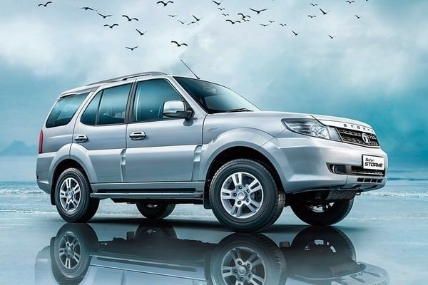 2018 Tata Safari Storme Updated