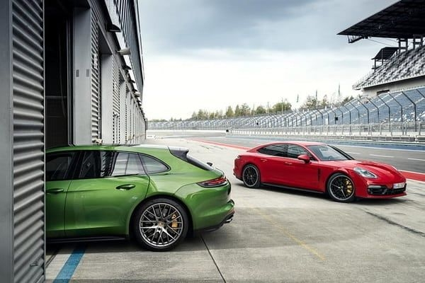 Porsche Unveils Two GTS Models In Panamera Line-Up