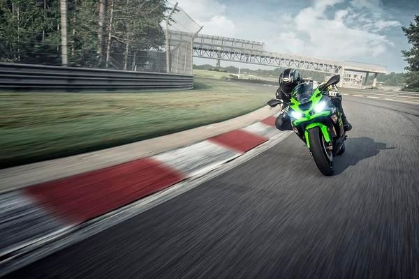 Kawasaki Ninja ZX-6R Bookings Open