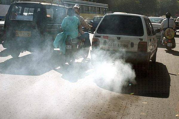 Delhi May Halt Private Vehicles If Smog Thickens