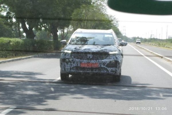 MG Motors SUV Spotted Testing In India