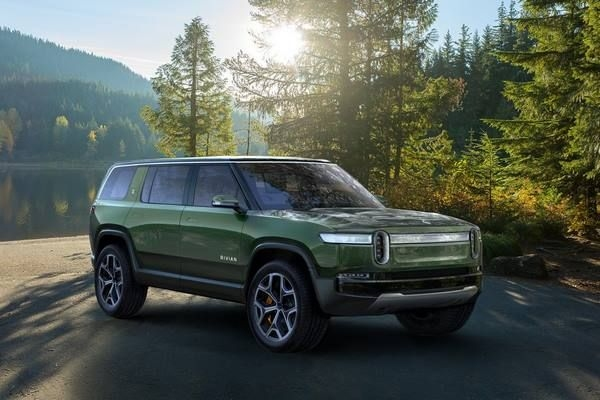 Rivian R1S SUV And R1T PickUp Truck Unveiled At LA Auto Show