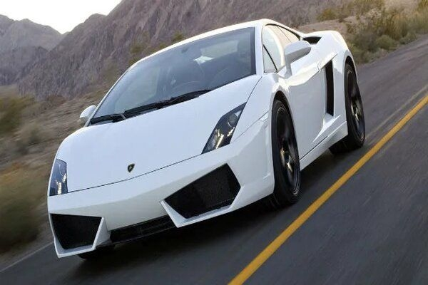 Lamborghini to Porsche; Used Luxury Cars You Can Have For Lesser Prices!