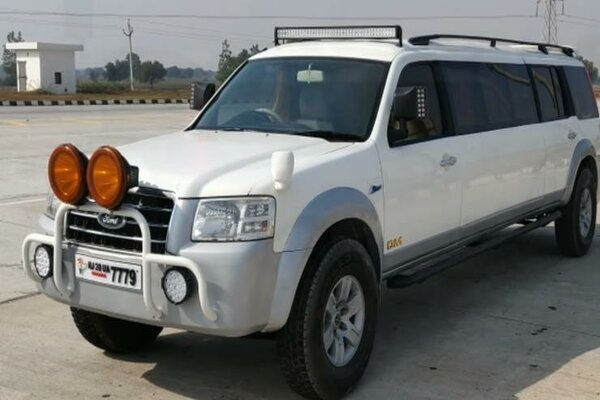 Ford Endeavour Transformed Into Party Limo; Weird Modification or Party Car?