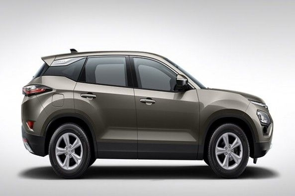 Aerial Silver Color Tata Harrier Side Profile