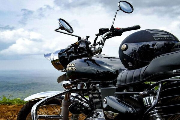 Royal Enfield Bullet 350 ABS Version Price in India Leaked