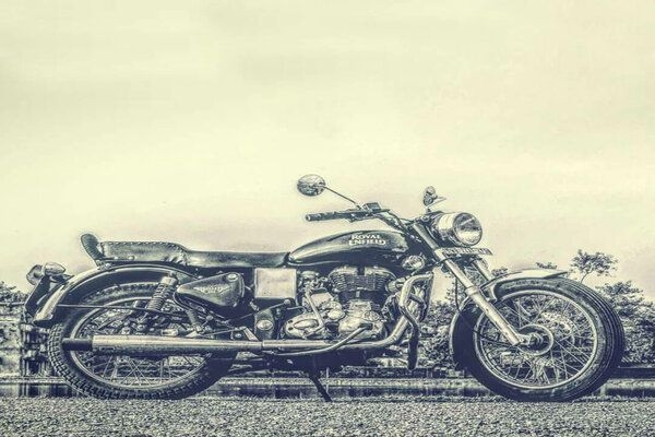 Royal Enfield Issues Recall for 7,000 Bullet 350, Electra, 500 Models