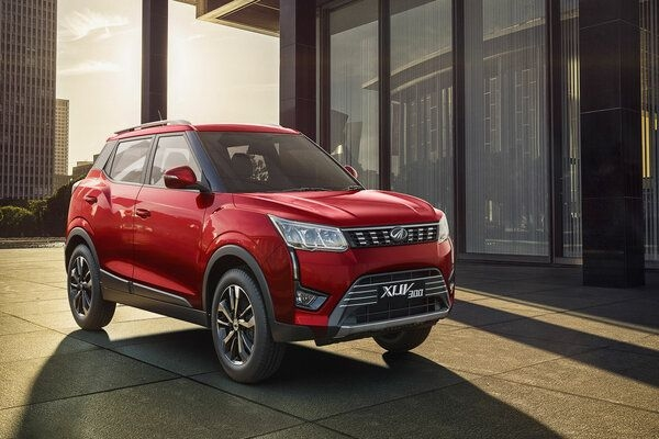 Mahindra XUV300 Cruises to More Than 26,000 Bookings in Indian Market