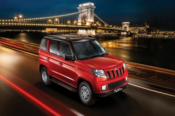 Mahindra Streamlines Sub-4 Meter Offerings as TUV300 AMT Discontinued in Market