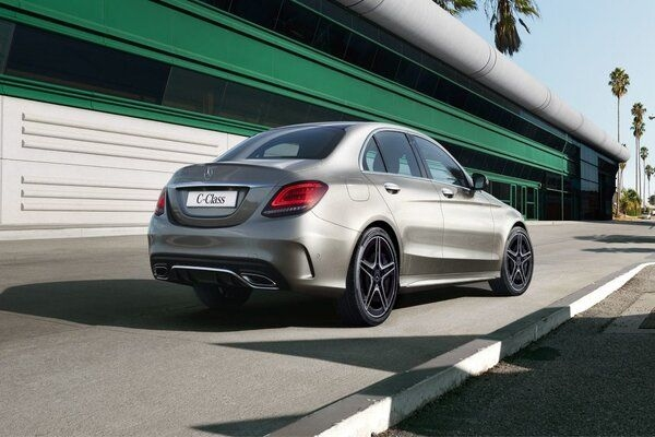 Huge Discounts on Offer on BMW and Mercedes-Benz Models in India in May