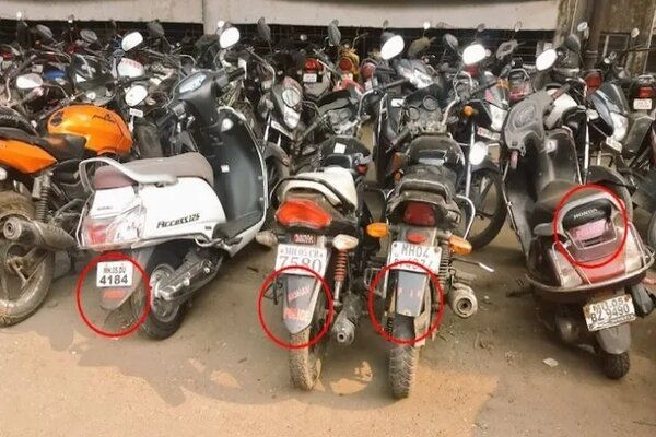 High Court Orders Crackdown on Vehicles With Labels in Mumbai