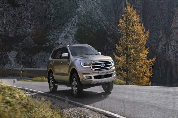 Grey Color Ford Endeavour Front Profile