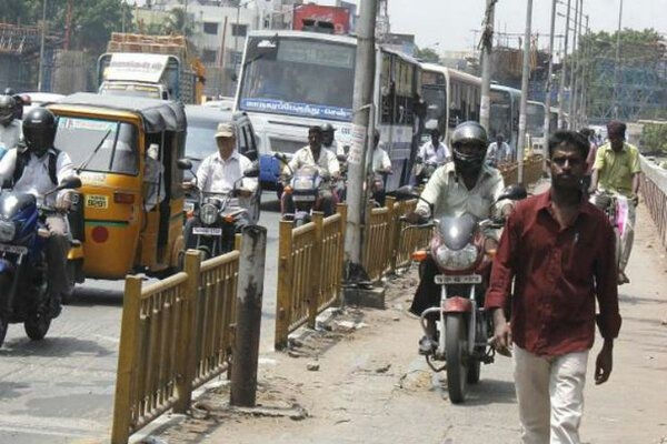 In a Novel Move, Pune Police Rewarding Citizens for Following Traffic Laws