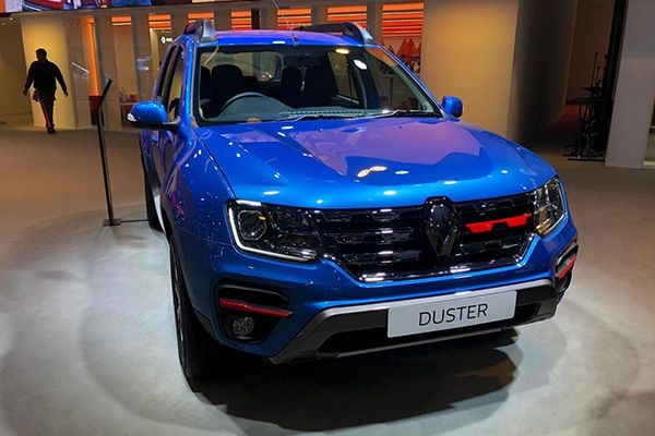 Renault Duster Turbo Petrol : Top 5 Things To Know