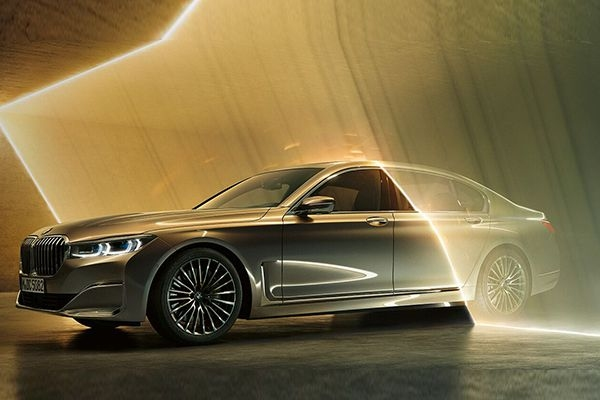 Next-Gen BMW 7 Series To Offer Electric, Hybrid, Diesel and petrol Powertrains