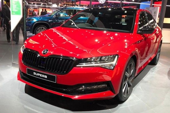 2020 Skoda Superb Facelift