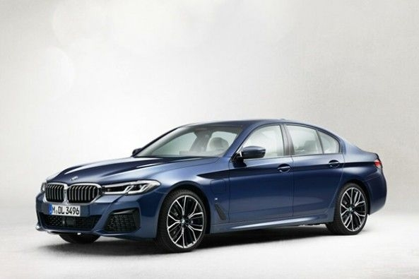 BMW 5 Series Facelift Images Revealed