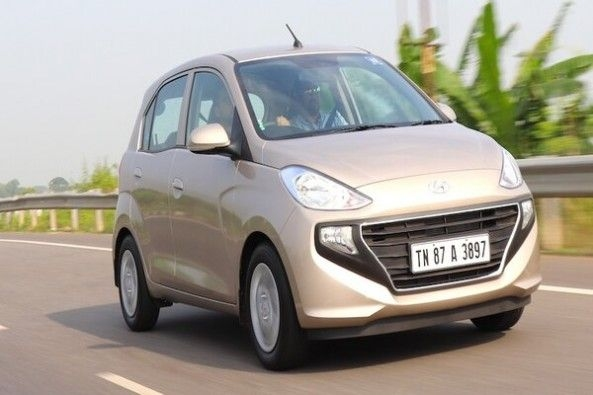 Copper Color Hyundai Santro Front Profile