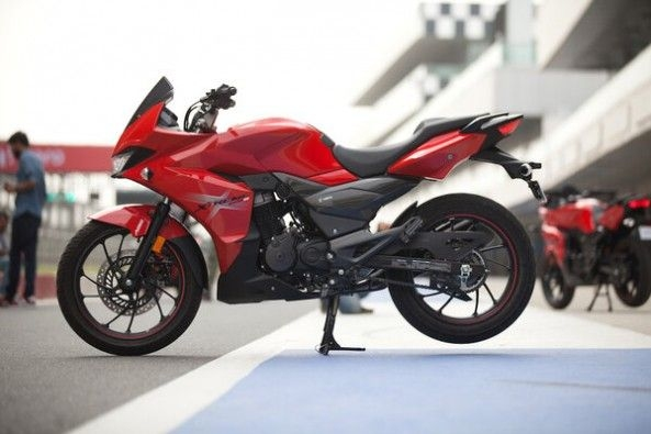 Red Color Hero Xtreme 200S Side Profile