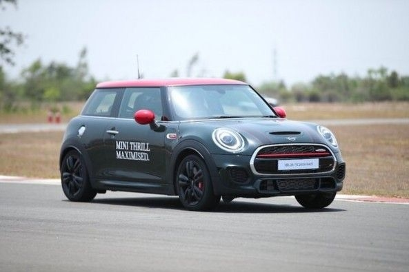 a450ae360ddf1 MINI John Cooper Reviewed at Madras Motor Race Track