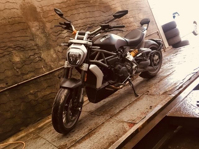 Ducati Diavel On Road Price In Kolkata Price Starting Ex Showroom