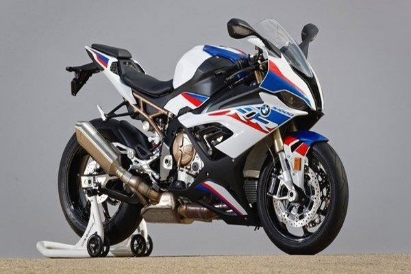 Strange 2019 Bmw S1000Rr Revealed At Eicma 2018 Droom Discovery Spiritservingveterans Wood Chair Design Ideas Spiritservingveteransorg