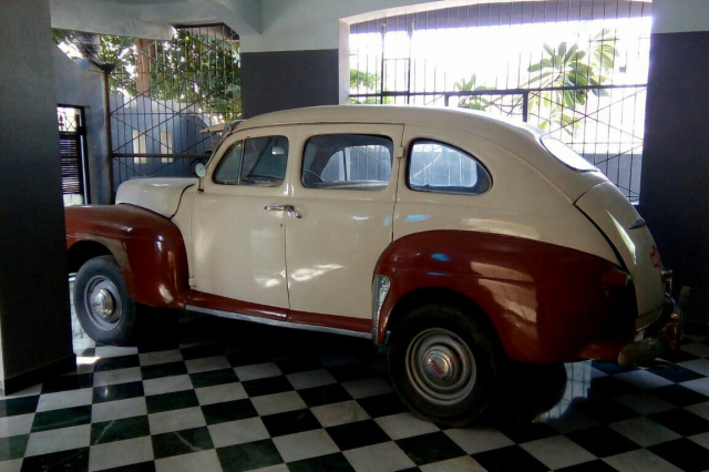 Ford Super Model Deluxe 1946