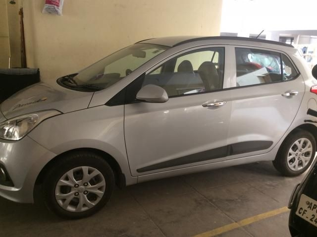 Hyundai Grand i10 Sportz 1.1 CRDi 2014
