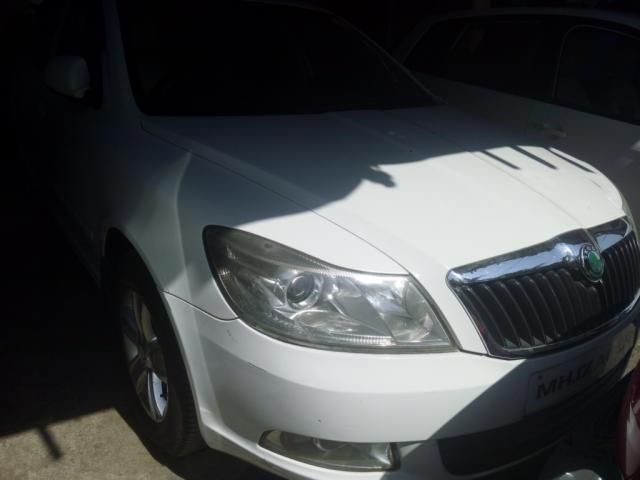 Skoda Laura LK 1.9 PD MT 2009