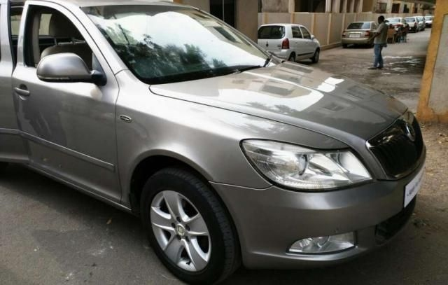 Skoda Laura L&K 2.0 TDI AT 2010