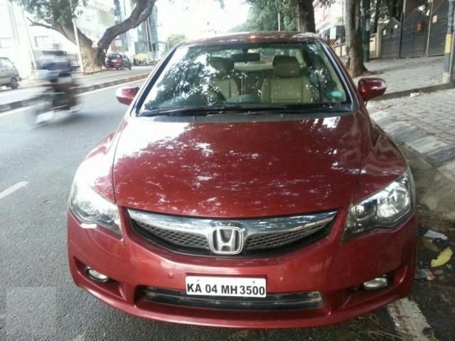 Honda Civic 1.8 MT 2010