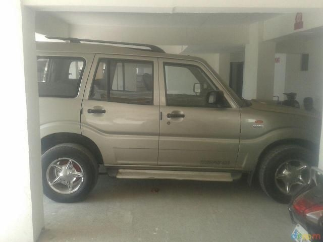 Mahindra Scorpio DX 2.6 TURBO 7 STR 2008