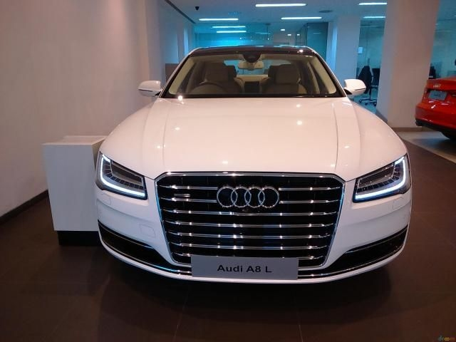 Used Audi A L Cars In Kolkata Used A L Cars For Sale Droom - Audi car a8 price