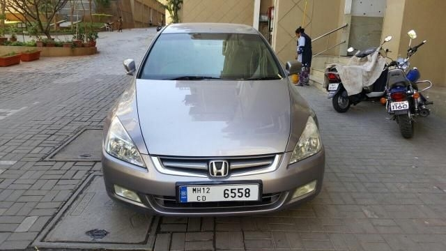 Honda Accord 2.4 AT 2004