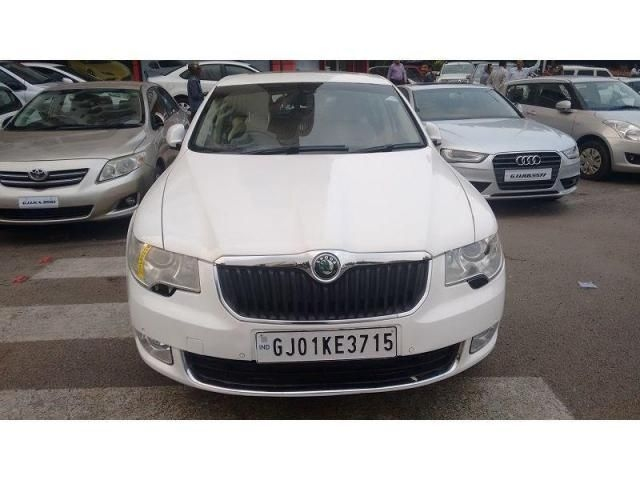 Skoda Superb ELEGANCE 1.8 TSI MT 2010