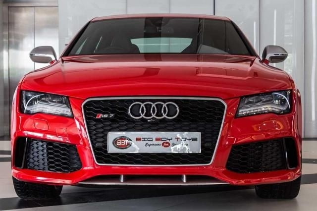 1 Used Red Color Audi Rs7 Premium Super Car For Sale Droom