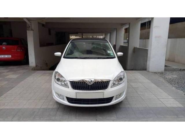 Skoda Rapid 1.6 MPI Elegance AT 2015